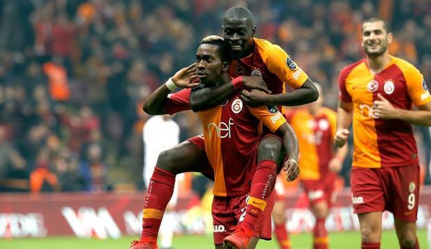 Galatasaray, Fenerbahçeden unvan aldı