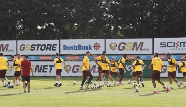 Galatasarayın kamp kadrosu netlik kazandı