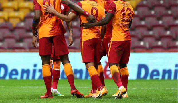 Galatasaray kafilesi Konyaya geldi