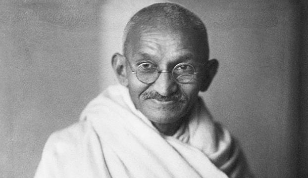 İyiliğin savaşçısı Gandhi