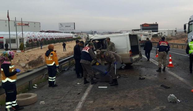 Gaziantepte feci kaza: 5 ölü, 3 yaralı