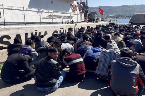 Bir haftada 500 kaçak göçmen yakalandı