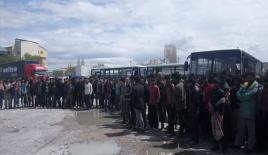 Van'da 284 düzensiz göçmen yakalandı