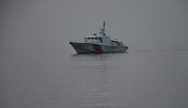 İzmir Dikilide göçmen teknesi battı: 10 kişi kayıp