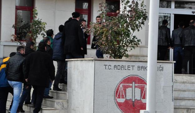 Gözaltına alınan FETÖcü asker sayısı 236ya yükseldi