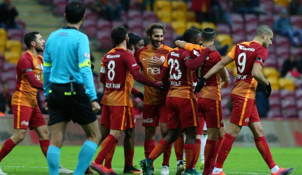 Galatasaray gruplara 1 puanla başladı