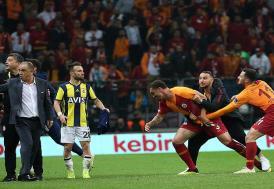 Fenerbahçe ve Galatasaray PFDK'ye sevk edildi