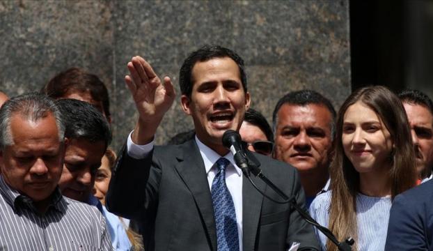 Venezuelada Guaidonun dokunulmazlığı kaldırıldı