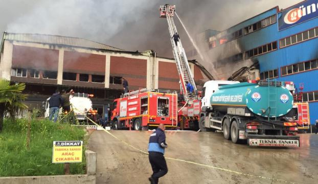 Trabzonda mobilya fabrikasında yangın
