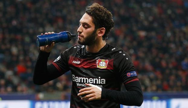 Bayer Leverkusen Hakan Çalhanoğlunun cezasına itiraz etmeyecek
