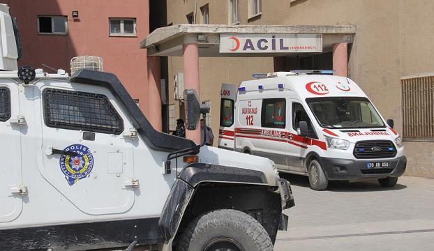 Hakkaride terör saldırısı : 1 şehit , 2 yaralı