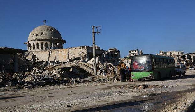Halepteki tahliye konvoyuna saldırı: 14 sivil hayatını kaybetti
