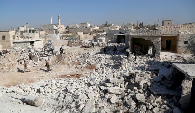 Halepte yerleşim yerine saldırı 17 ölü