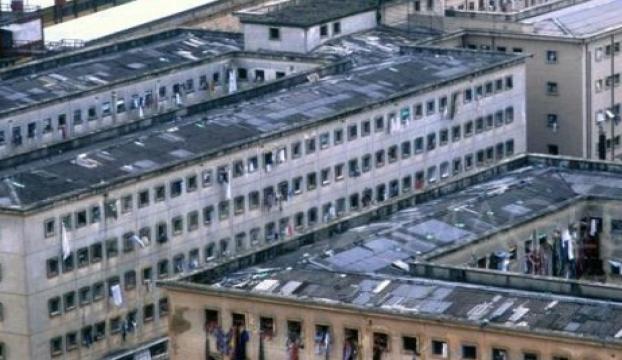 Brezilyada hapishane ayaklanmasında 60 mahkum öldü