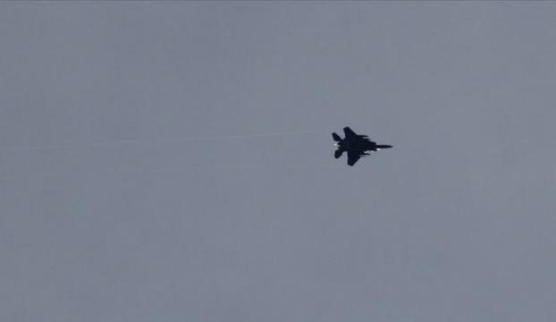 ABD savaş uçakları Hasekede rejime ait 2 askeri noktayı vurdu