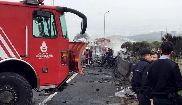 İstanbul Büyükçekmecede helikopter düştü