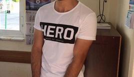 """Erzurum'da """"Hero"""" yazılı tişörtü giyen 2 kişiye gözaltı"""