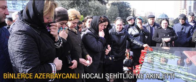 Binlerce Azerbaycanlı Hocalı Şehitleri Anıtı'na akın etti