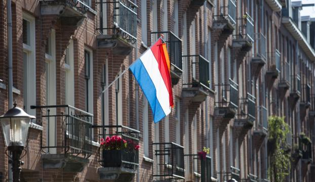 Hollandada seçimin galibi yerel partiler oldu