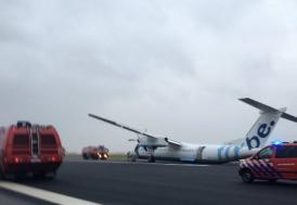 Hollanda'da uçak pistten çıktı