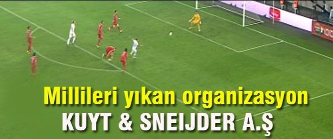 Hollanda'nın ikinci golü Sneijder'dan
