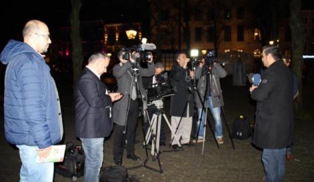 Hollandada Türk gazetecilere haber engeli