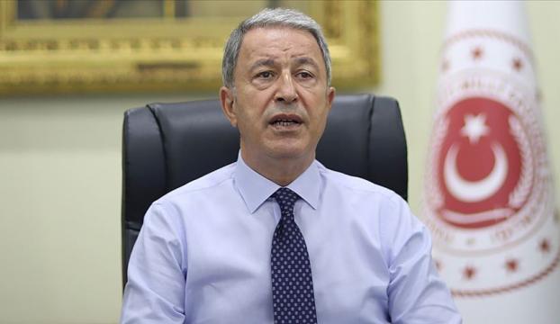 Milli Savunma Bakanı Akar: TSKnın şanlı üniformasını hiçbir hainin taşımasına müsaade etmeyeceğiz