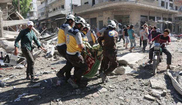 Rus uçakları İdlibde pazar yerini vurdu