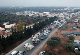 İdlib'den Türkiye sınırına yaklaşık 20 bin sivil daha göç etti