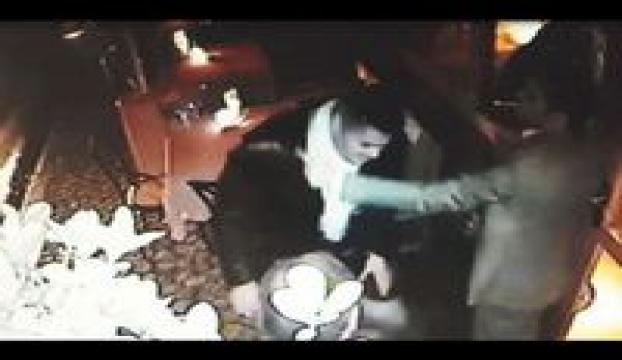 Alaattin Çakıcının üvey oğlu bodyguardı vurdu