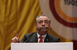 Mustafa Cengiz, şampiyonluğu Galatasaraylılar Derneğinde kutladı