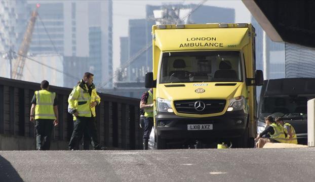 İngilterede 13 yaşındaki çocuk koronavirüs nedeniyle öldü