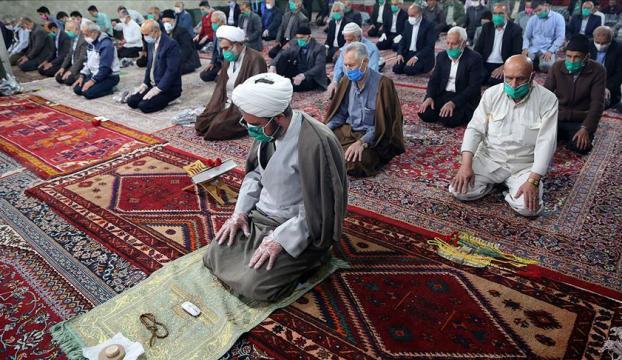 İranda Kovid-19 nedeniyle kapalı olan camilerin tamamı yarın açılıyor