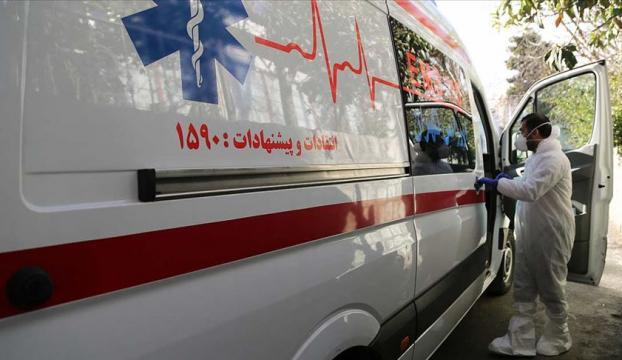 İranda koronavirüsten 10 dakikada bir kişi ölüyor