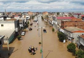 İran'da sel ve yıldırım 20 can aldı