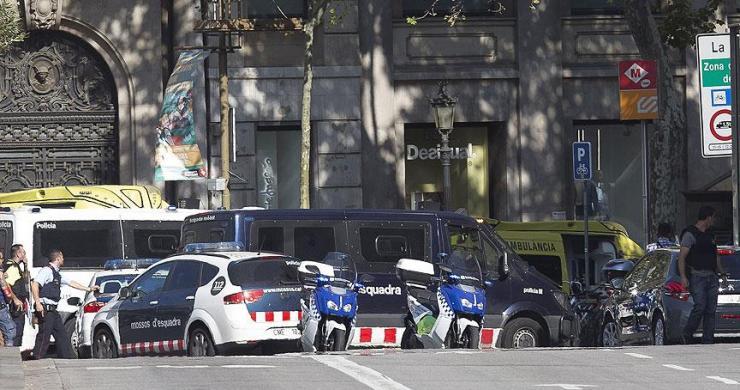 İspanya'da terör saldırısı: 13 ölü, 100 yaralı