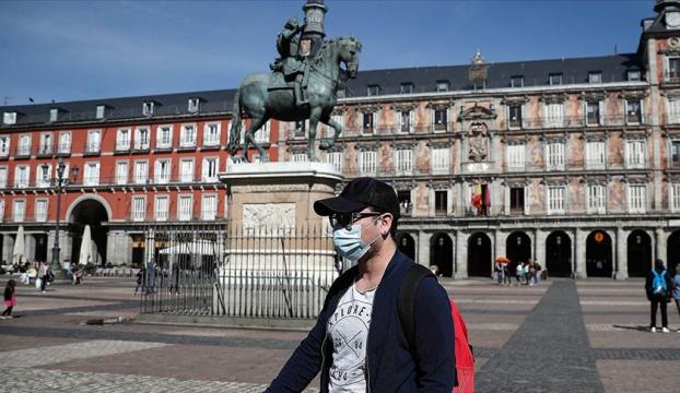 İspanyada Kovid-19 vakalarındaki artışa karşı yeni önlemler alınıyor