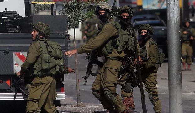 İsrail askerlerinin vurduğu Filistinli hayatını kaybetti