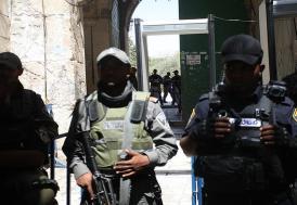 İsrailli bakandan Aksa'daki dedektörlerin kaldırılmasına tepki