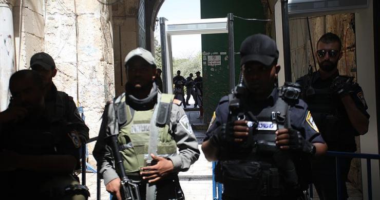 Yahudi yerleşimciler Mescid-i Aksa'ya baskına devam ediyor