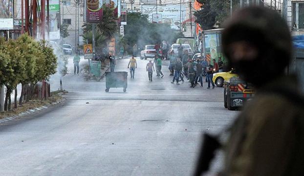 İsrail polisi Doğu Kudüste 24 Filistinliyi gözaltına aldı