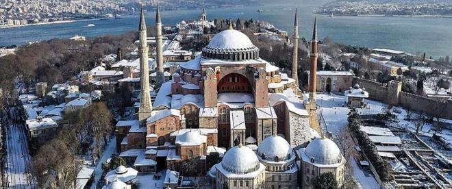 İstanbulun yeni rengi beyaz