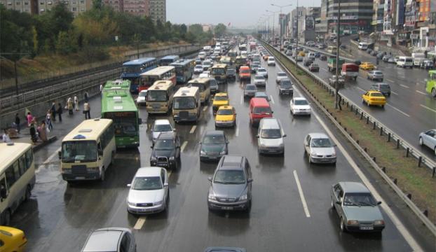 İstanbulda toplu ulaşım durdu!