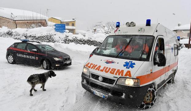 İtalyadaki çığ felaketinde ölü sayısı artıyor