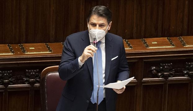 İtalyada Başbakan Conte ve hükümeti istifa etti
