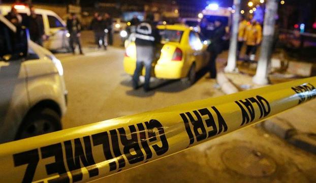 İzmirde silahlı saldırı: 1i ağır 4 yaralı