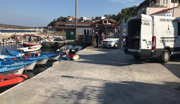İzmirde göçmenleri taşıyan tekne battı