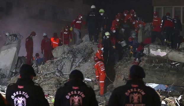 İzmirdeki depremde can kaybı 102ye yükseldi