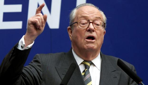 Fransada Le Pen, yeniden partisinin başına seçildi