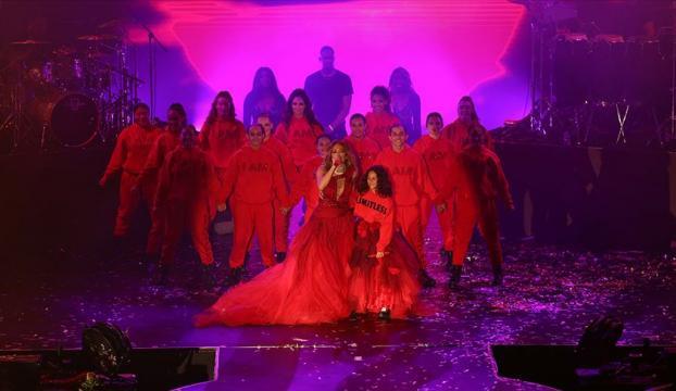 Jennifer Lopez Antalyada konser verdi